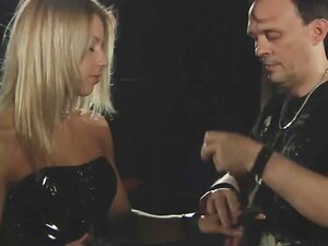 2 robovi drolje vezane za grubo kazni i bondage BDSM jebeno