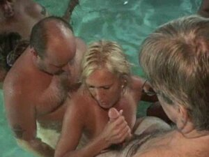 Great swimming pool sex videos at XECCE.COM