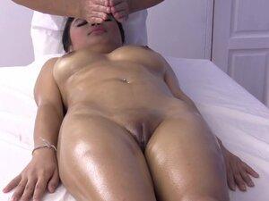 Sisate ulja i pička masaža